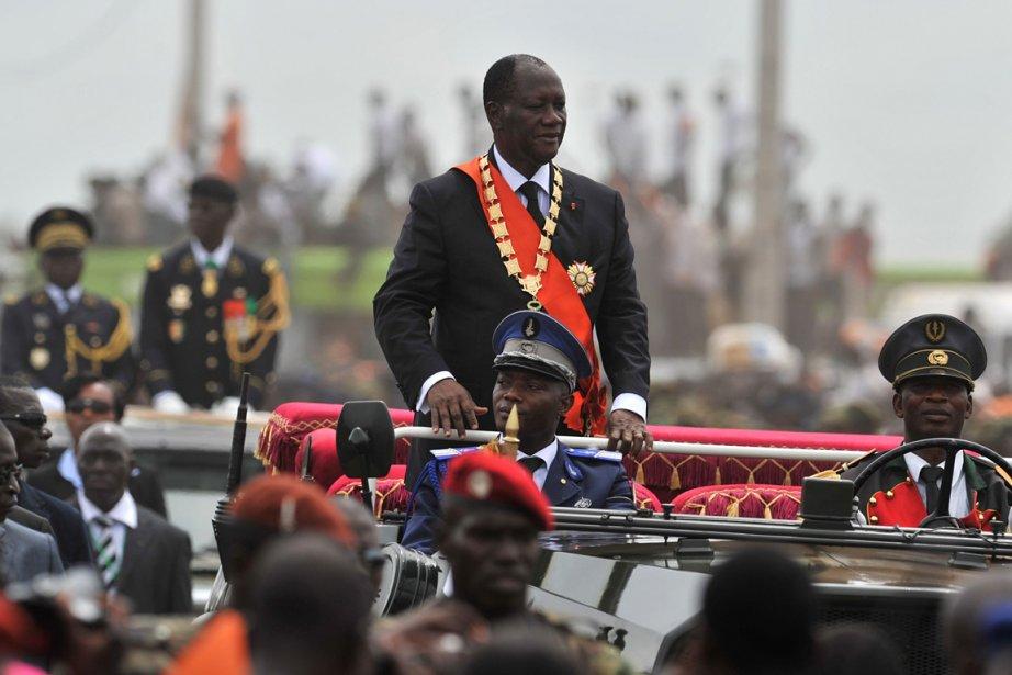 Alassane Ouattara a été investi samedi à Yamoussoukro président de la  Côte...