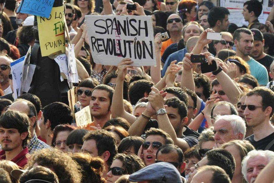 Après une journée de manifestations vendredi qui a... (Photo AFP)