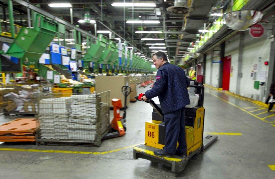 Les concessions demandées aux travailleurs de Postes Canada... (PHOTO: ALAIN ROBERGE, ARCHIVES LA PRESSE)