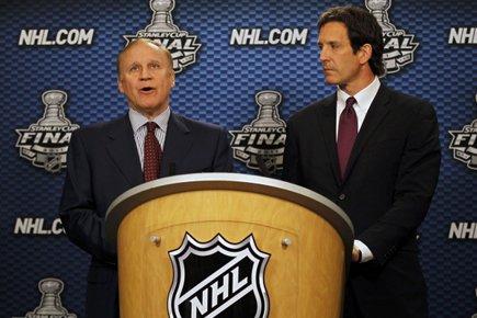 Colin Campbell etBrendan Shanahan ont annoncé conjointement le... (Photo: Reuters)