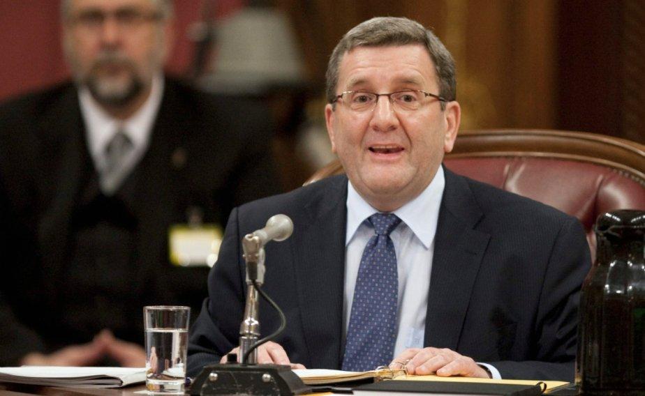 Régis Labeaume à la commission parlementaire... (La Presse Canadienne)