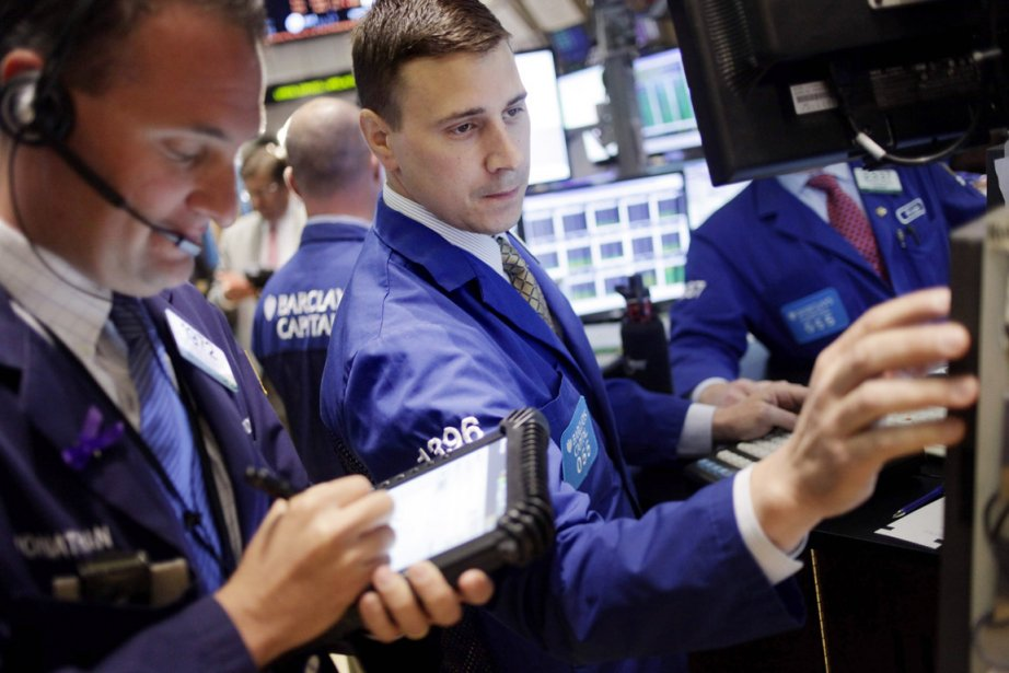 Le Dow Jones a perdu   0,34%... (Photo: Seth Wenig, AP)