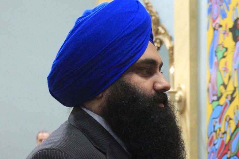 Le nouveau ministre d'État à la réforme démocratique,... (Photo: Chris Wattie, Archives Reuters)