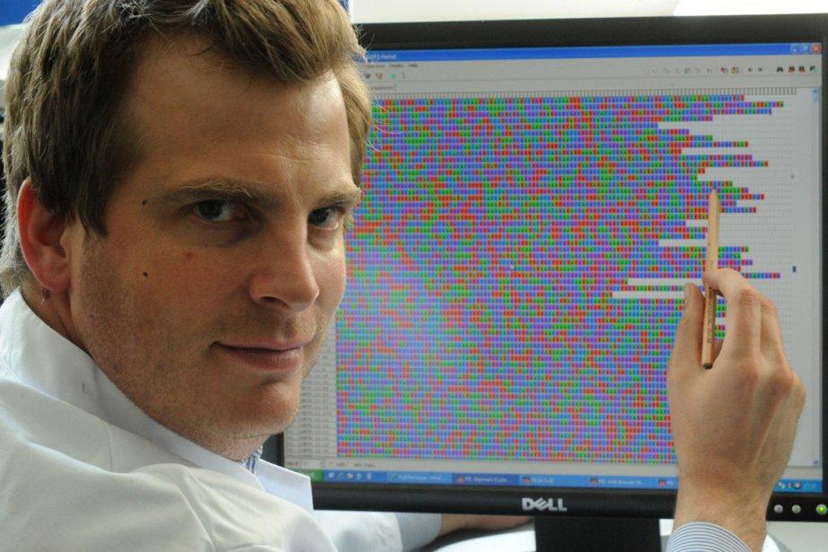 Le bactériologiste Holger Rohde de la clinique universitaire... (Photo: AFP)