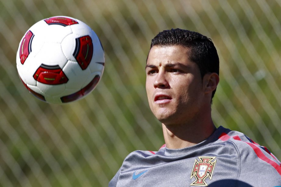Le Portugal a bien redressé la barre après... (Photo: Jose Manuel Ribeiro, Reuters)