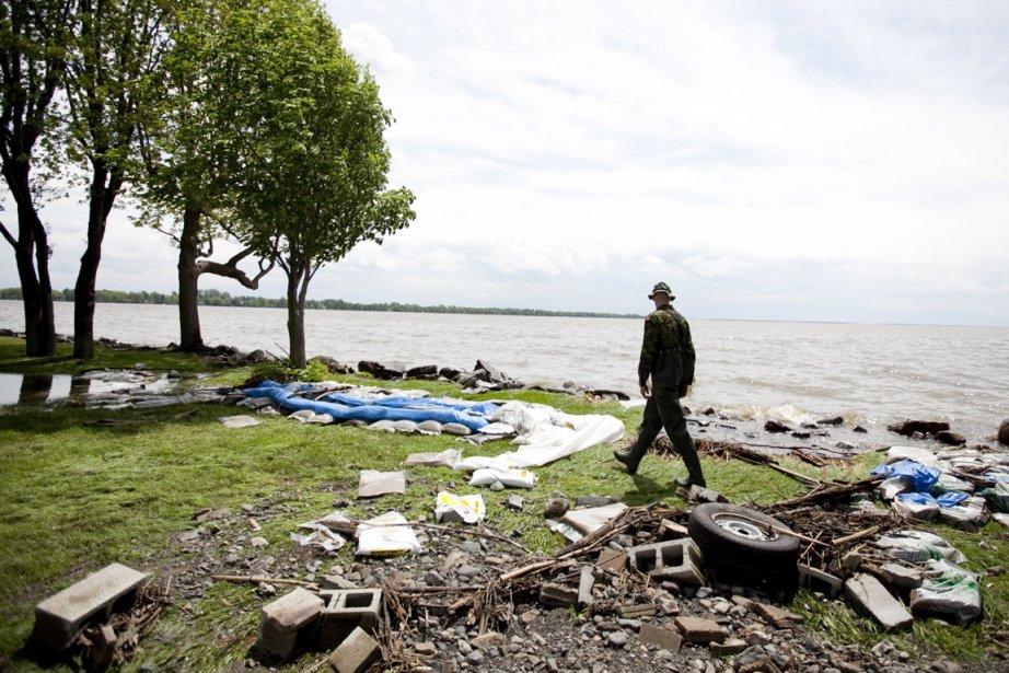 Le niveau baisse lentement sur le lac Champlain.... (Photo: Marco Campanozzi, Archives La Presse)