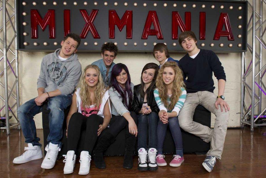 La bande de Mixmania (Tommy, Emmy, Matthieu, Anne-Sophie,... (Photo fournie par Zone3)