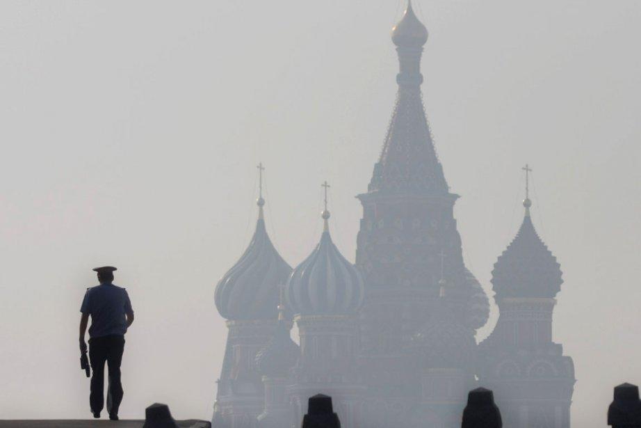 «Chaque toxicomane entraîne vingt autres personnes dans la... (Photo: AFP)