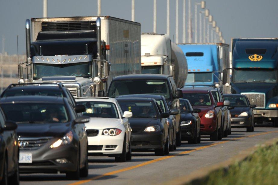 Le retard moyen des déplacements dans la région... (Photo: Bernard Brault, Archives La Presse)