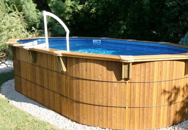Une piscine en bois n cessite t elle beaucoup d 39 entretien for Club piscine plus cppq laval