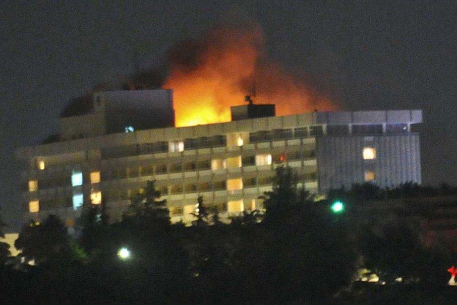 Le bilan de l'attaque d'un des plus grands hôtels de Kaboul par un commando...