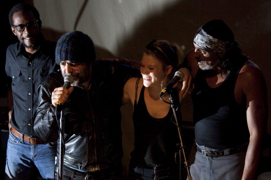 Le batteur Brian Blade, Daniel Lanois, la chanteuse... (Photo  fournie par le FIJM)