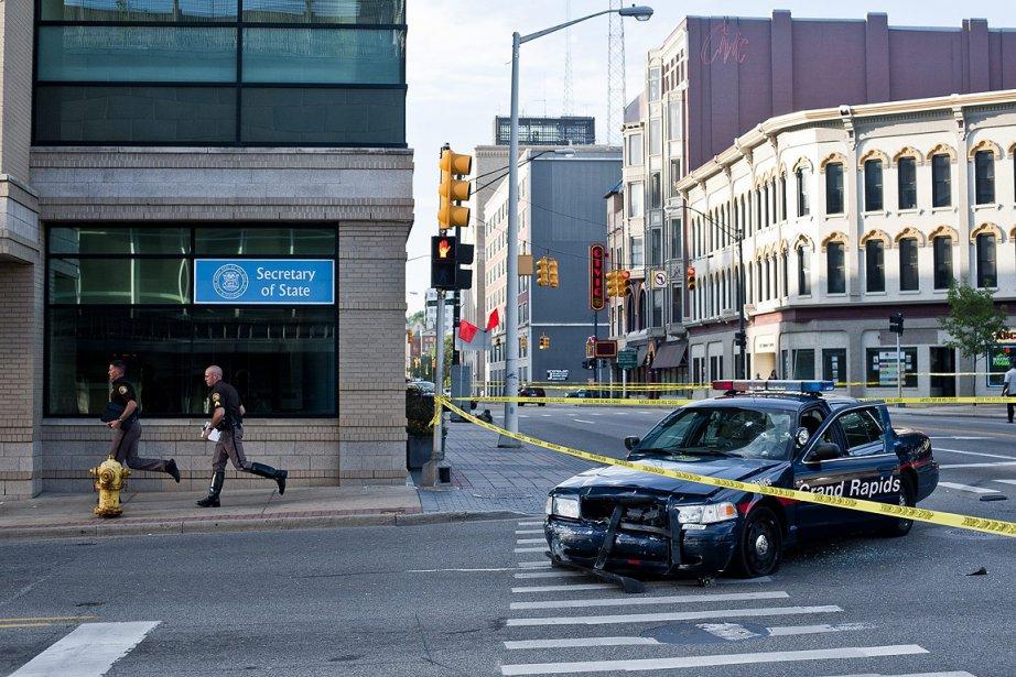 La police avait lancé une vaste chasse à... (Photo: AP)