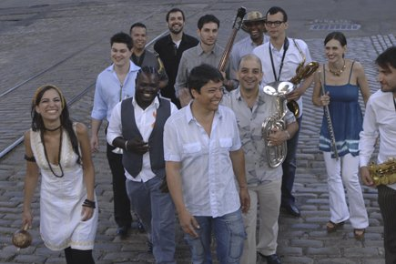 Pablo Mayor et le Folklore Urbano Orchestra s'amènent... (Photo fournie par le Festival Nuits d'Afrique)