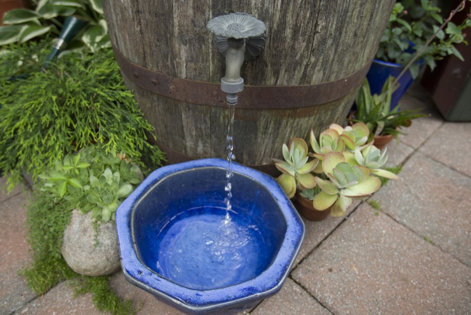 le baril d'eau se raccorder