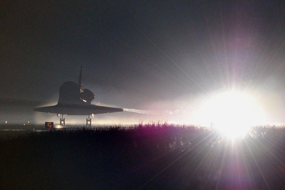 Atlantis a atterri tôt jeudi matin à Cap... (Photo: AFP)