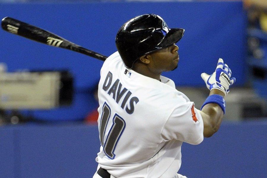 Rajav Davis a frappé un double de deux... (Photo: Reuters)