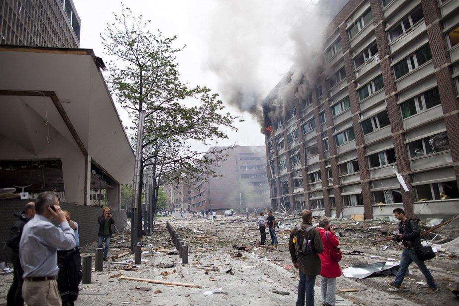 Une puissante explosion a ravagé le quartier du gouvernement norvégien vendredi à Oslo, faisant des morts et plusieurs blessés. | 22 juillet 2011