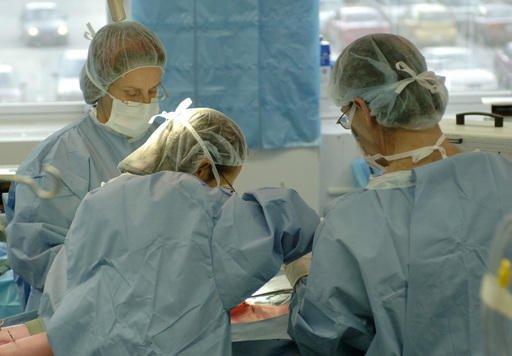 Dans le secteur de la santé, ce sont... (Archives La Tribune)