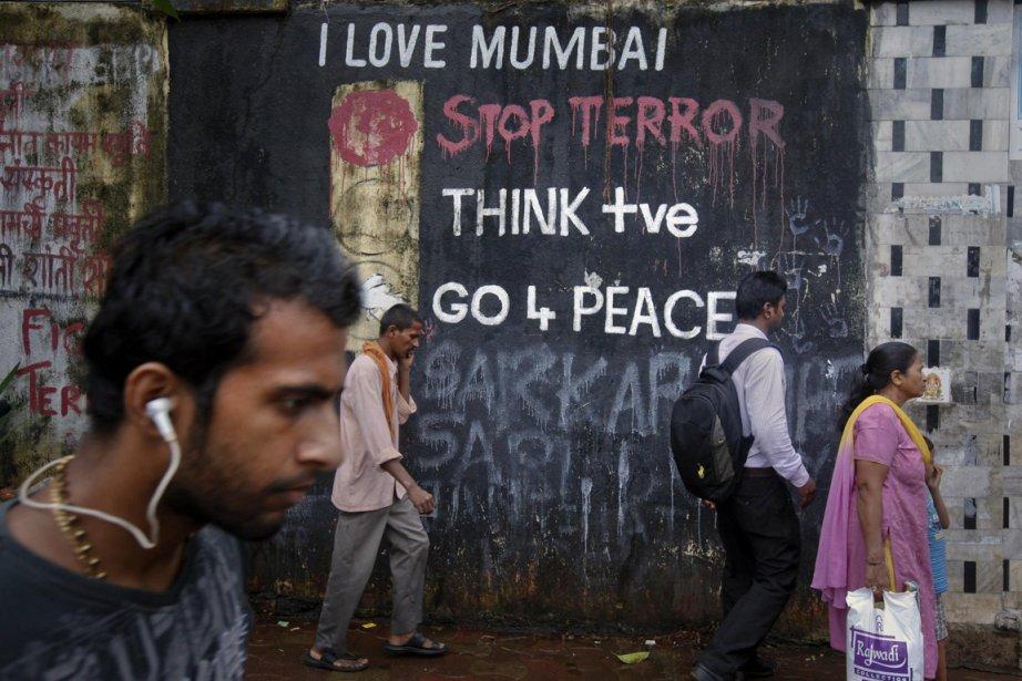 Le triple attentat survenu à Bombay le 13... (Photo: Danish Siddiqi, Reuters)
