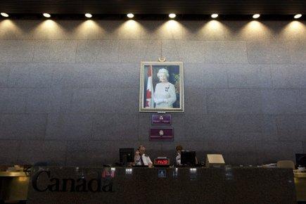 Deux tableaux du peintre québécois Alfred Pellan ont... (Photo: PC)