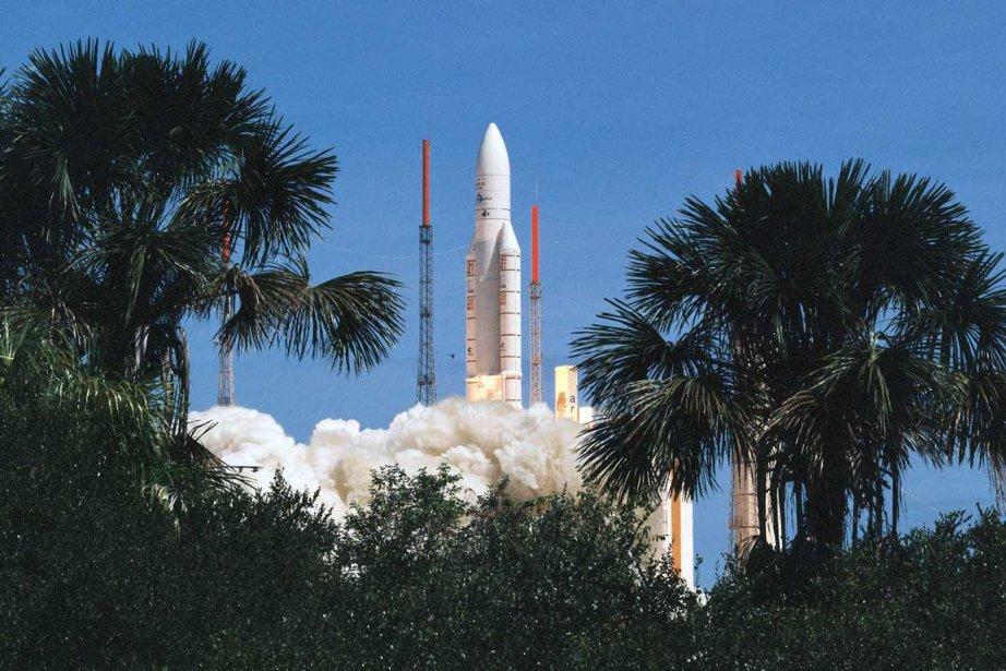 La fusée européenne Ariane V lors de son... (Photo: AP)