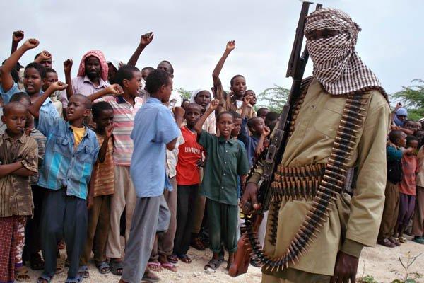 Les shebab ne sont pas nécessairement des terroristes... (Photo Abdourashid Abikar, AFP)