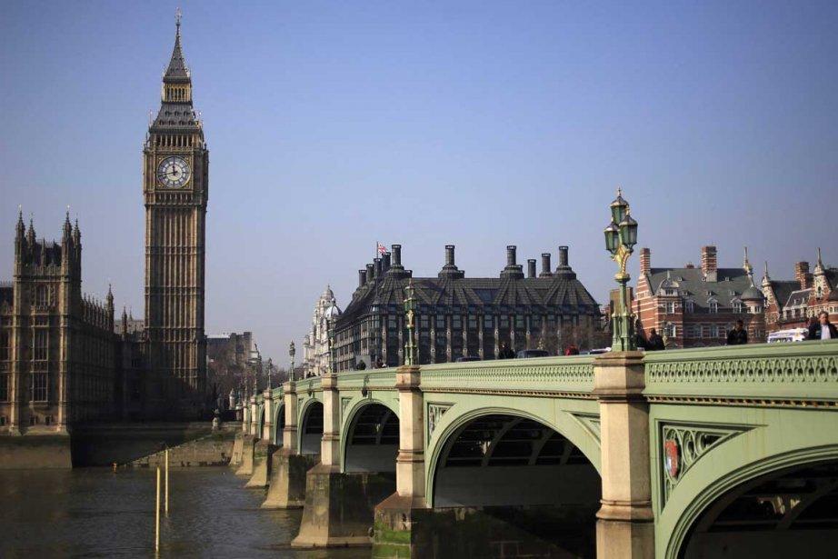 Selon la Banque d'Angleterre, la croissance va être... (Photo Reuters)