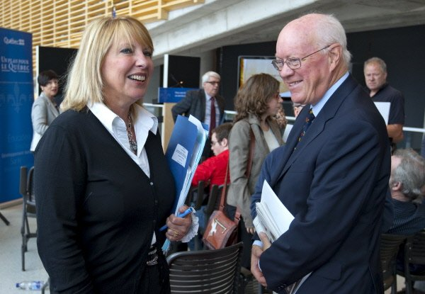 Christine St-Pierre en compagnie du président du Conseil... (Photo: Alain Roberge, La Presse)