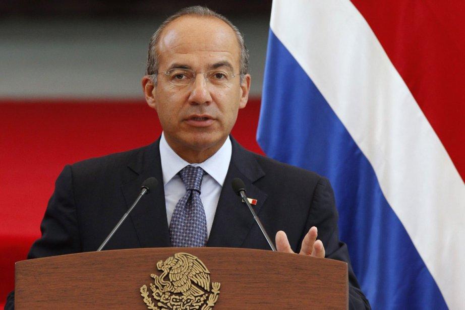 Le président mexicain Felipe Calderon, président du G20,... (Photo: Reuters)