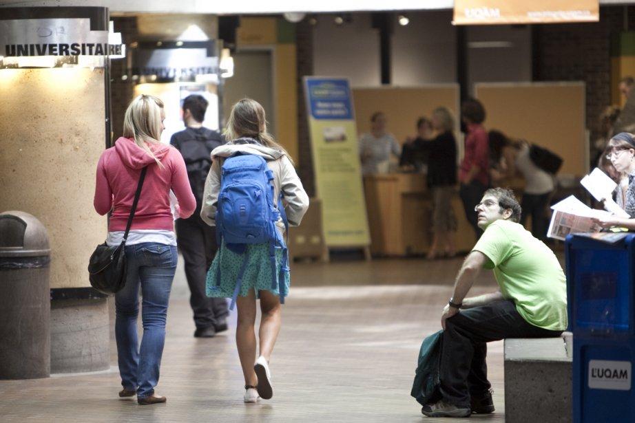 Le Régime d'encouragement à l'éducation permanente (REEP) autorise... (Photo Marco Campanozzi, La Presse)