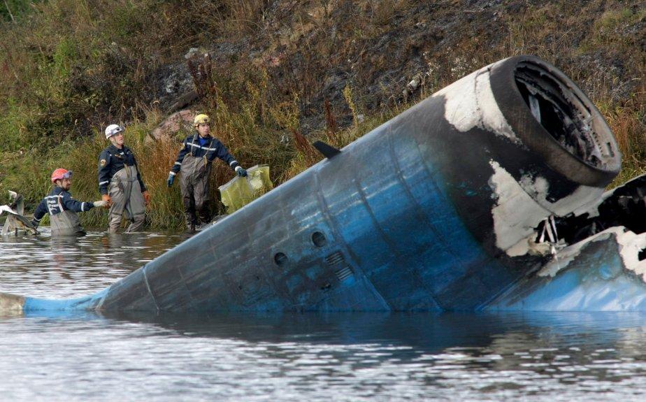 L'accident de l'avion transportant l'équipe de hockey du... (Associated Press)