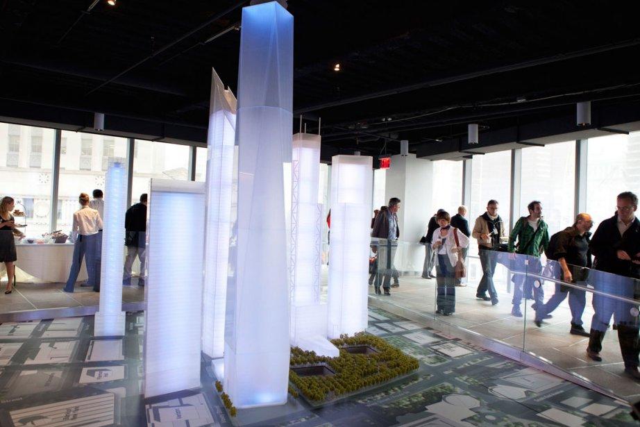 La tour de 104 étages, en cours de... (Photo AFP)