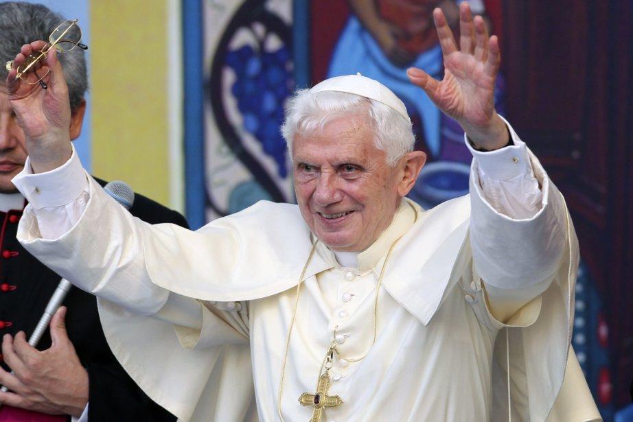 Le pape Benoît XVI a exprimé sa honte... (Photo: Giorgio Benvenuti, Reuters)