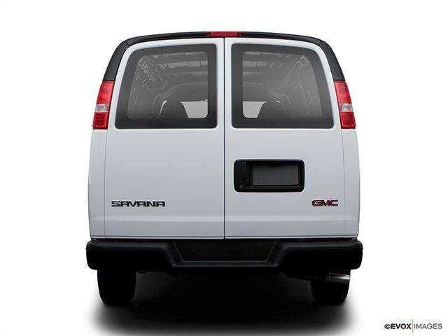 370823-gmc-fourgonnette-savana-utilitaire-2008.jpg