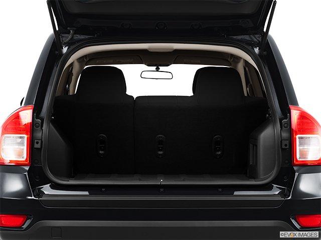 jeep compass 2011 traction avant 4 portes sport cyberpresse. Black Bedroom Furniture Sets. Home Design Ideas