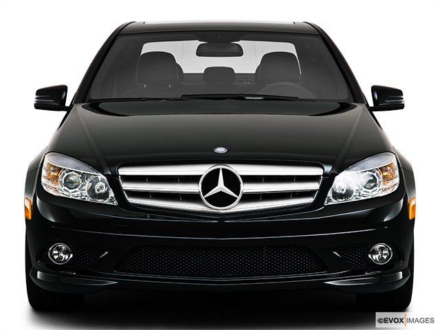 mercedes benz classe c 2010 berline 4 portes 3 0l traction arri re cyberpresse. Black Bedroom Furniture Sets. Home Design Ideas