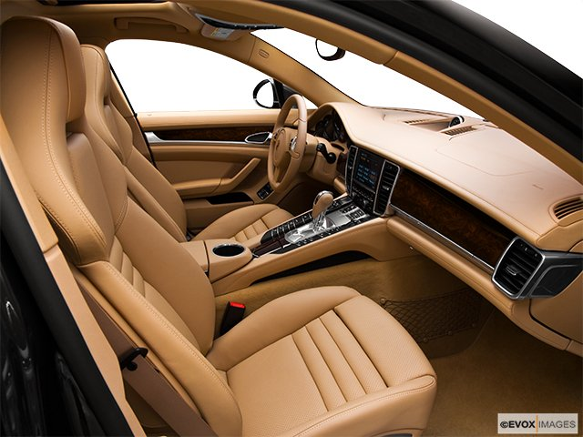 porsche panamera 2010 voiture hayon mod le 4s 4 portes cyberpresse. Black Bedroom Furniture Sets. Home Design Ideas