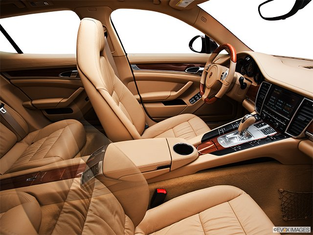 porsche panamera 2011 hayon 4 portes cyberpresse. Black Bedroom Furniture Sets. Home Design Ideas