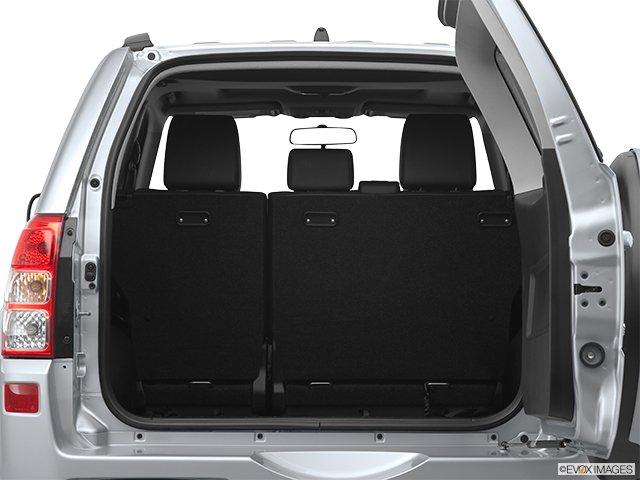 suzuki grand vitara 2011 4 roues motrices 4 portes i4 bo te automatique jlx l cyberpresse. Black Bedroom Furniture Sets. Home Design Ideas