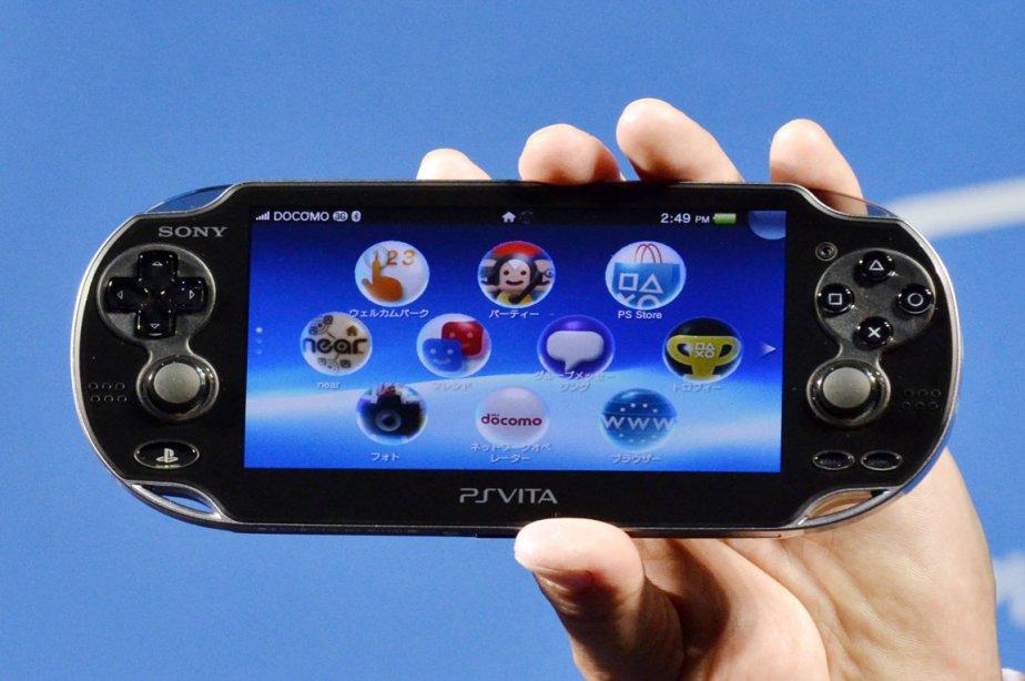 La nouvelle console de jeu vidéo portable Vita... (Photo: Yoshikazu Tsuno, AFP)