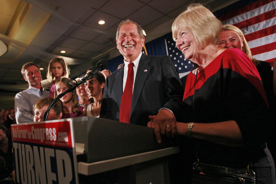 L'homme d'affaires républicain Bob Turner (notre photo) a... (Photo: Mary Altaffer, AP)