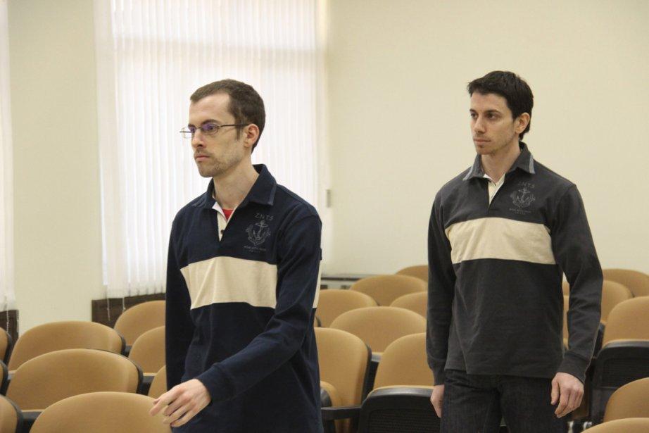 Shane Bauer (gauche) et Josh Fattal (droite), âgés... (Photo: Archives Reuters)