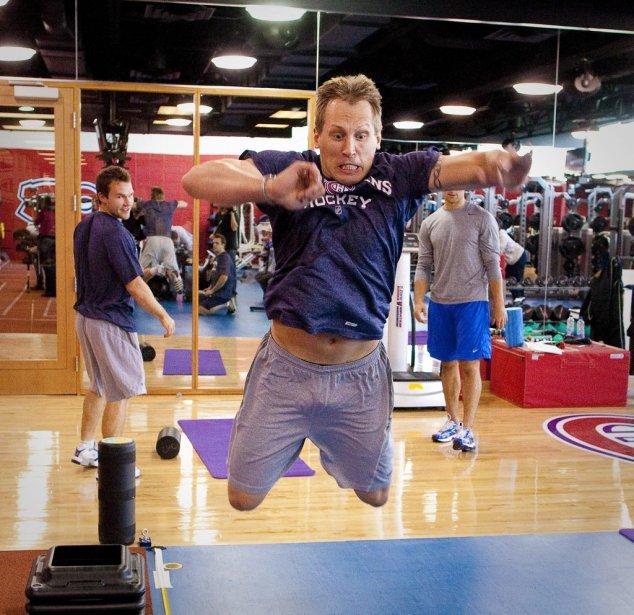 Travis Moen et tous les joueurs du Canadien étaient conviés aux examens médicaux, vendredi, à l'occasion du début du camp d'entraînement. | 16 septembre 2011