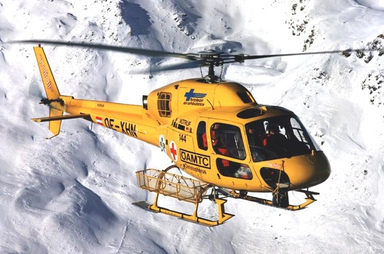 Un AS 355 d'Eurocopter.... (Photo fournie par Eurocopter)