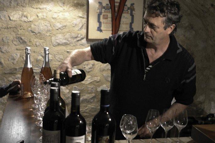 Jean-Luc Baldès, fier producteur de cahors, dans son... (Photo: Arnaud Lazeray)
