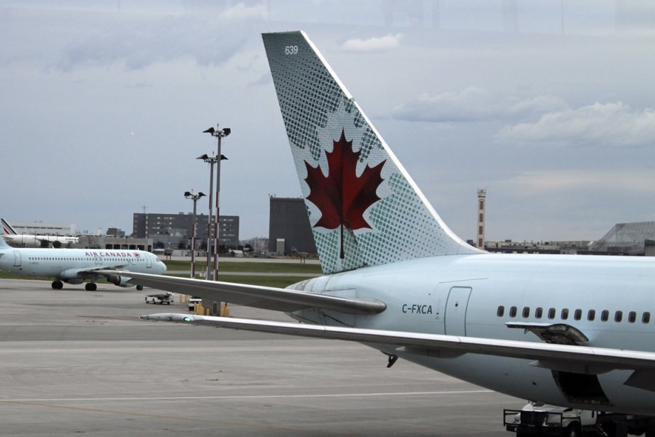 Un avion d'Air Canada... (Photo: archives Le Droit)