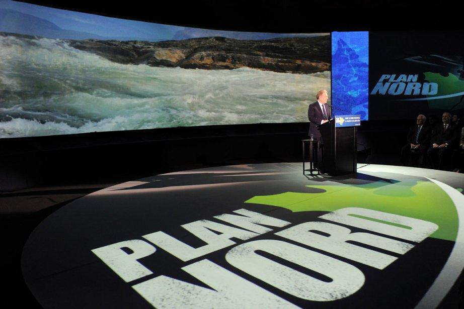 Jean Charest lors des annonces concernant le Plan... (Photo: Érick Labbé, Focus 1)