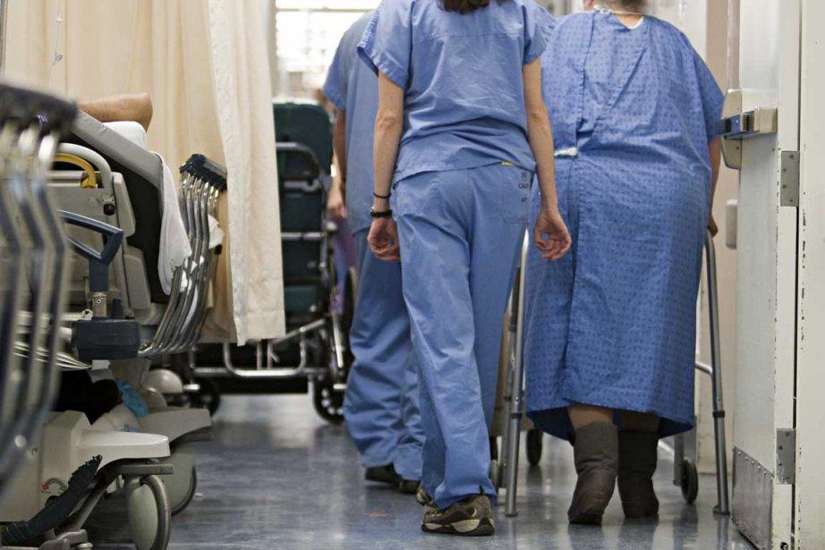 Une centaine de patients occupent... (Photo François Roy, La Presse)