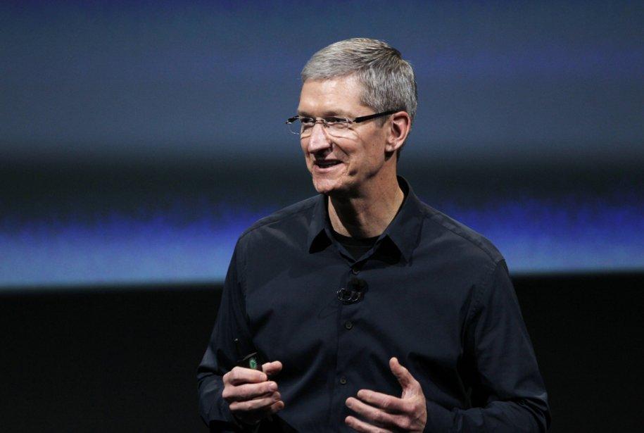 En lançant l'iPhone 4S et en offrant la... (Photo Reuters)